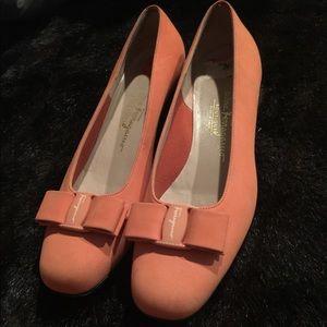 Beautiful vintage Salvatore Ferragamo shoes 8 b